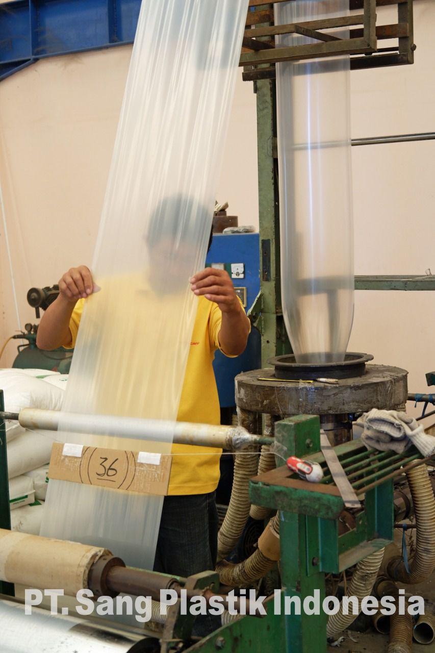 Pabrik Plastik, Pabrik Plastik Surabaya, Pabrik Plastik Sidoarjo, Pabrik Plastik Gresik, Pabrik Plastik Pasuruan, Pabrik Plastik Krian, Toko Plastik Surabaya, Plastik Kemasan, Plastik Kemasan Makanan, Pabrik Plastik Kemasan, Pabrik Kantong Plastik, Agen Plastik Surabaya, Distributor Plastik Surabaya